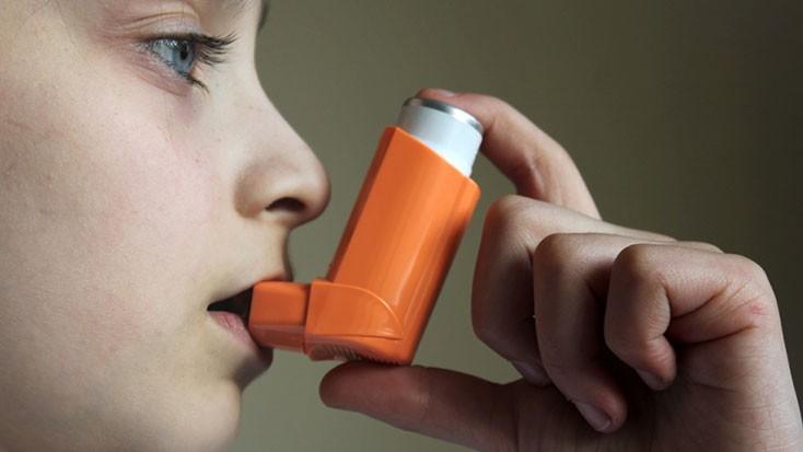 Увеличение заболеваемости бронхиальной астмой  среди детей старшего возраста идетей  из малообеспеченных семей