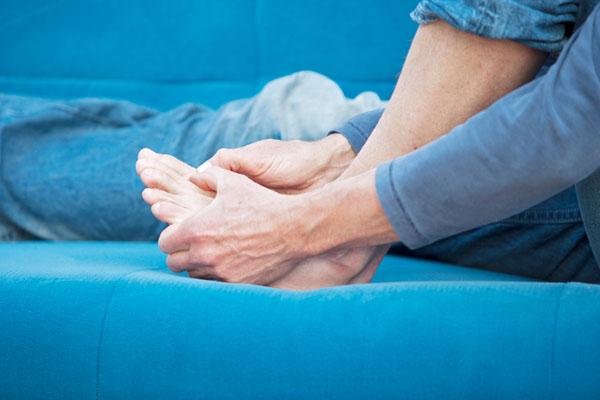 Уратснижающие препараты для лечения подагры: систематический обзор и метаанализ