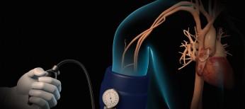 Двойное открытое параллельное исследование по изучению влияния квинаприла в сравнении с лизиноприлоМ на дисфункцию эндотЕлия у куРящих пациентов, страдающих мягКой и Умеренной артеРиальной гИпертензией в сочетании со стенокардиеЙ и имеющих микроальбуминурию (МЕРКУРИЙ.RU)